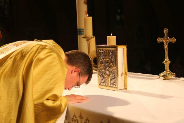 messe sanctuaire de lisieux
